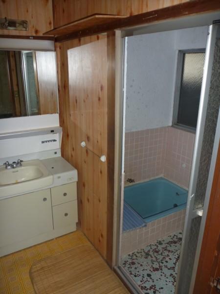 リフォーム前のお風呂・洗面所