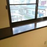 出窓のカウンターを塗装してツヤツヤに 加古川市O様邸(水廻り・内装リフォーム)
