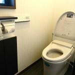 LIXILのトイレ「サティス」に取り替え・茶色を基調に落ち着いた雰囲気 高砂市Y様邸(全面リフォーム)