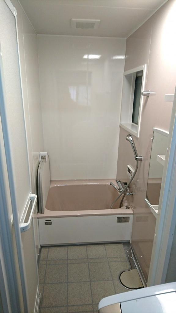 タカラのぴったりサイズシステムバス「エメロード」 高砂市N様邸(お風呂リフォーム)