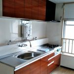 築40年、入居前にブロックキッチンからシステムキッチンに入れ替え 加古川市T様邸(RC造マンションのキッチンリフォーム)