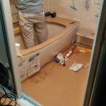 湿気で腐った木部をやり替え、追い焚き機能付きの快適なシステムバスに 加古川市M様邸(築37年、浴室リフォーム)
