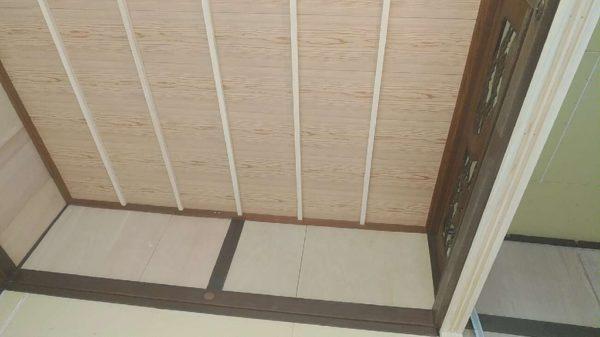 和室天井板貼り
