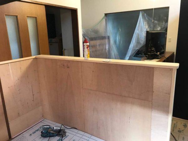 キッチン造作壁