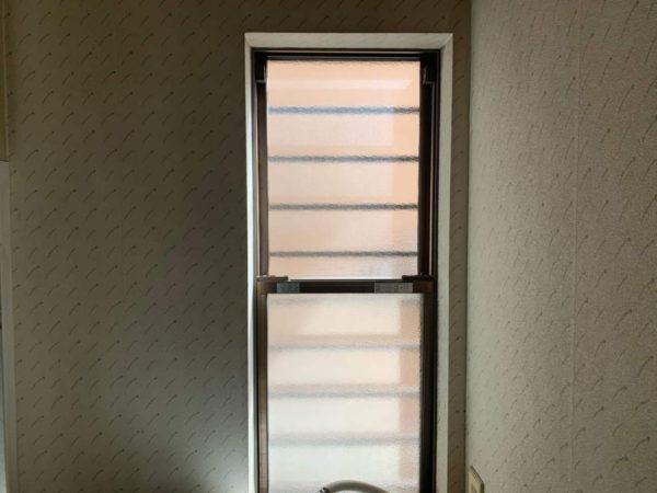 リフォーム前の洗面所の窓