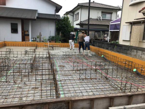 基礎スラブコンクリート打設