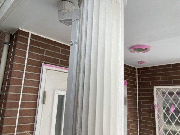 ポーチ柱塗装