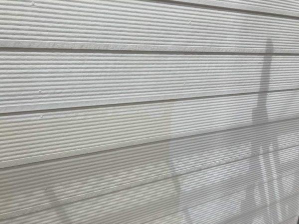 白色に外壁塗装