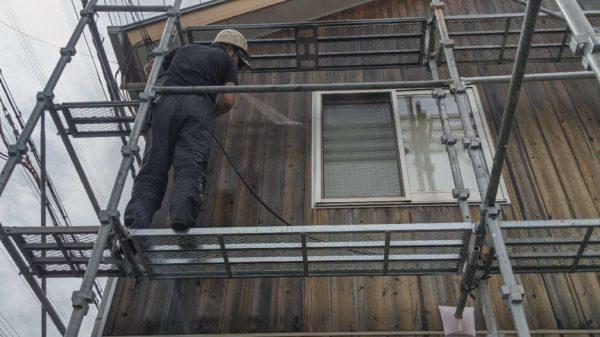 外壁低圧水洗い